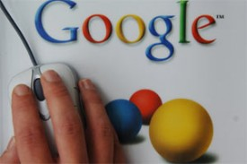 Google тестирует показ в запросах пропущенных ключевиков