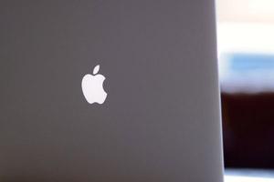 Apple показала новые MacBook Pro и iMac
